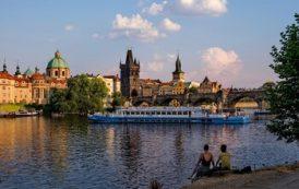 В Чехии согласны сохранить авиарейсы из РФ до конца лета