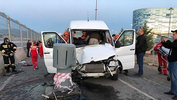 3 туриста погибли вДТП савтобусом наТайване