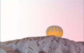 В Луксоре воздушный шар с 11 туристами унесло ветром в горы